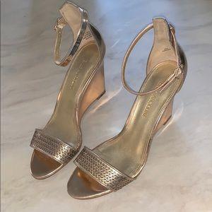*Enzo Angiolini* Gold Wedges/Heels